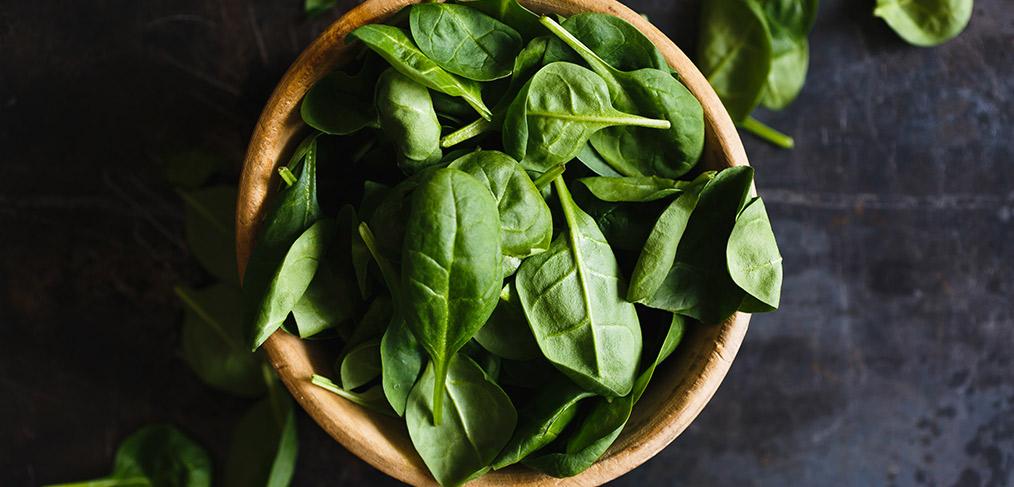 gli spinaci freschi per le lasagne verdi