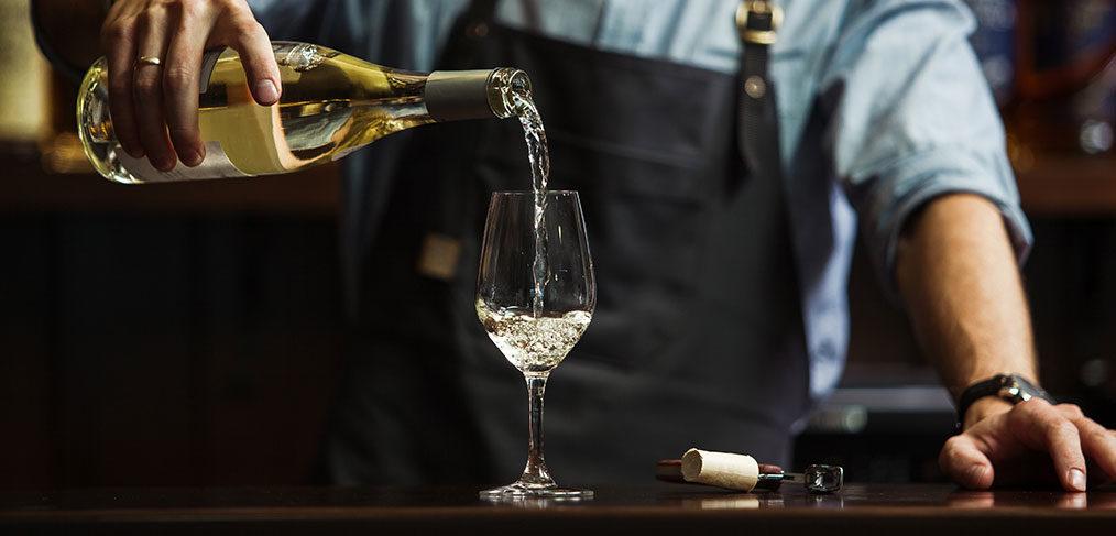 come abbinare il calice al vino